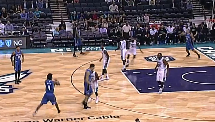 Elfrid Payton accidentally makes a 3-pointer while trying to make an alley-oop pass