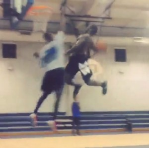 """5'10 Jeff Remmington windmill dunks on a trash talker """"run that back I ain't jump right"""""""