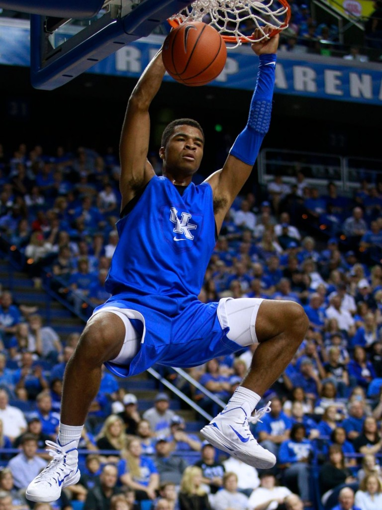 Kentucky Blue-White Scrimmage: Andrew Harrison, Towns, Booker, Ulis shine