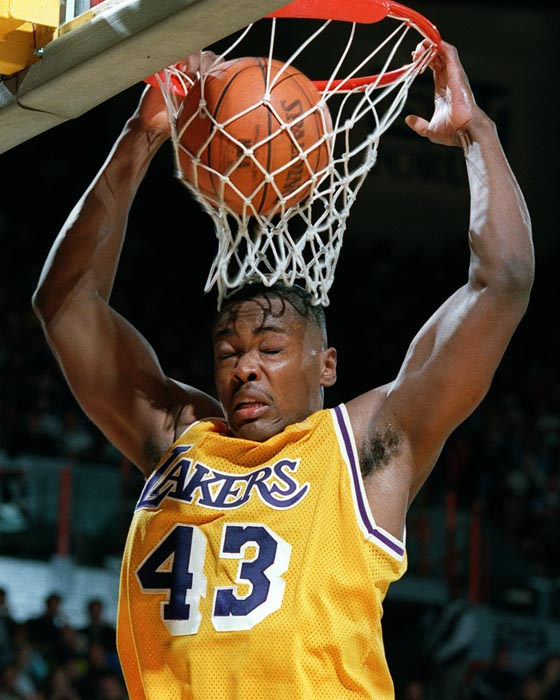 ex Lakers/Bulls player Corie Blount uploaded a Corie Blount mixtape