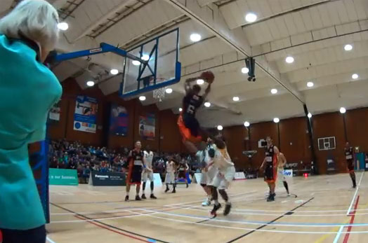 Milton Chavis scores 42 points & throws down 9 dunks in National Cup dunkfest