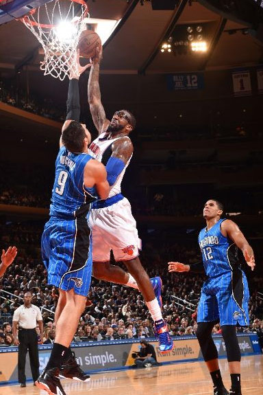 Amar'e Stoudemire posterizes Vucevic for Taylor Swift
