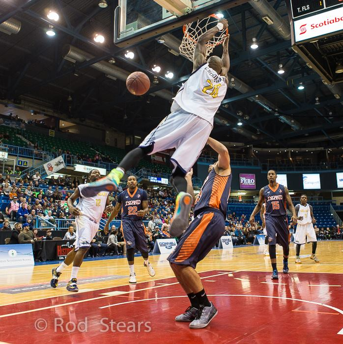 Top NBL Canada Plays + Aquille Carr plays of the week