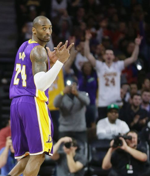 Kobe Bryant 12 points, 13 assists & 10 turnovers vs the Pistons