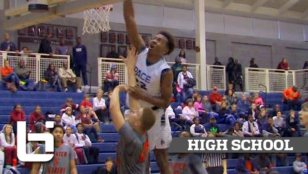 15 Yr Old Wendell Carter Grabs 26 Boards at Holiday Hoopsgiving!