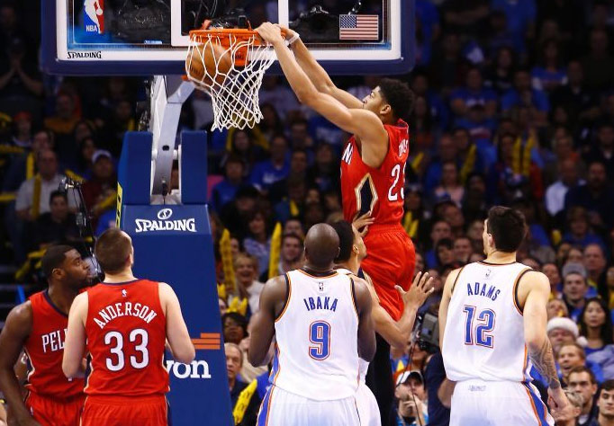 Anthony Davis dominates Thunder with 38 points & 12 rebounds
