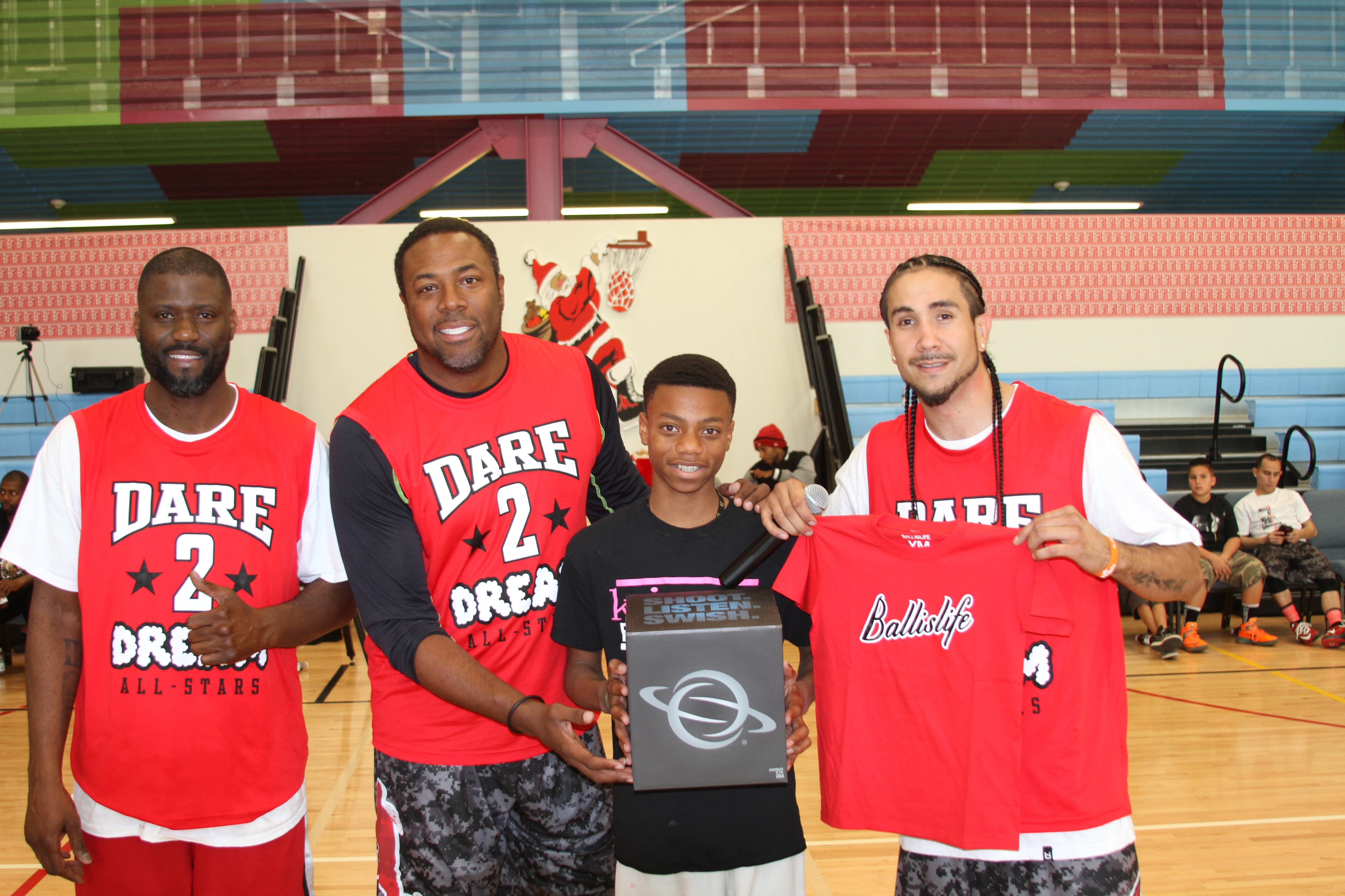 Dunk Champions JR Rider & Cedric Ceballos at the Kenny Dobbs Dare2Dream Toy Drive