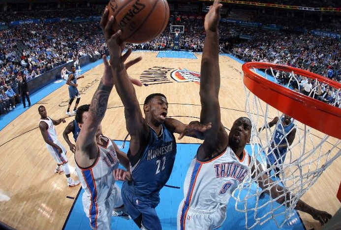 Andrew Wiggins scores 23 against Durant-less Thunder