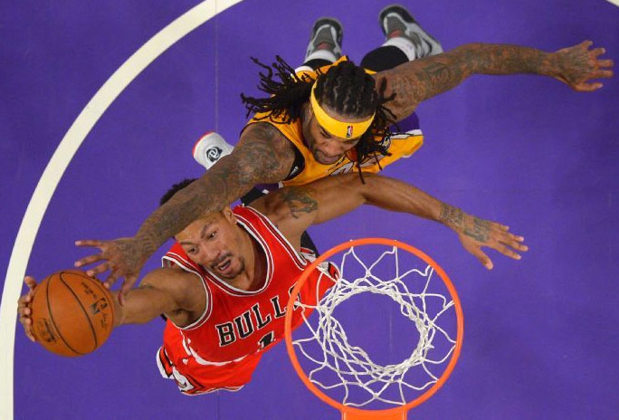 Jordan Hill 26pts, 12rebs, 1 clutch block on Derrick Rose, Lakers win in Double OT
