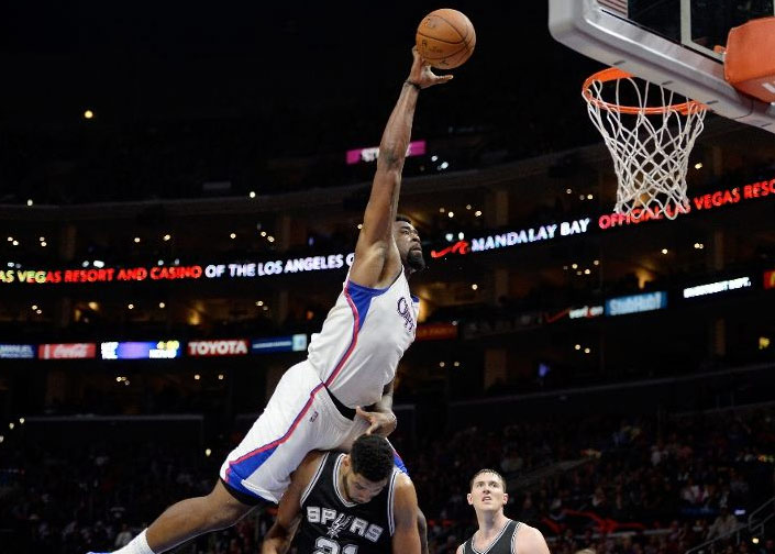 DeAndre Jordan TRIES to dunk on Duncan then Duncan DOES dunk on DeAndre
