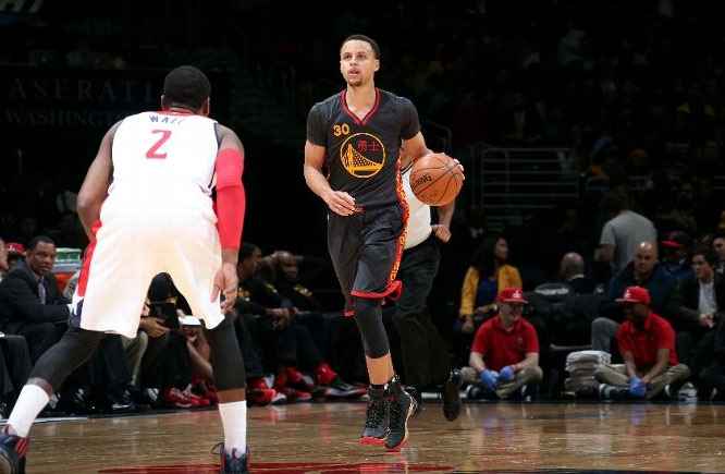 Stephen Curry was a human highlight machine against John Wall & the Wizards