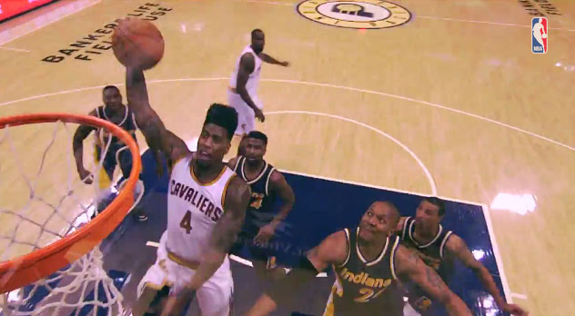 Iman Shumpert 14 points, 10 rebounds & 1 nice dunk vs the Pacers