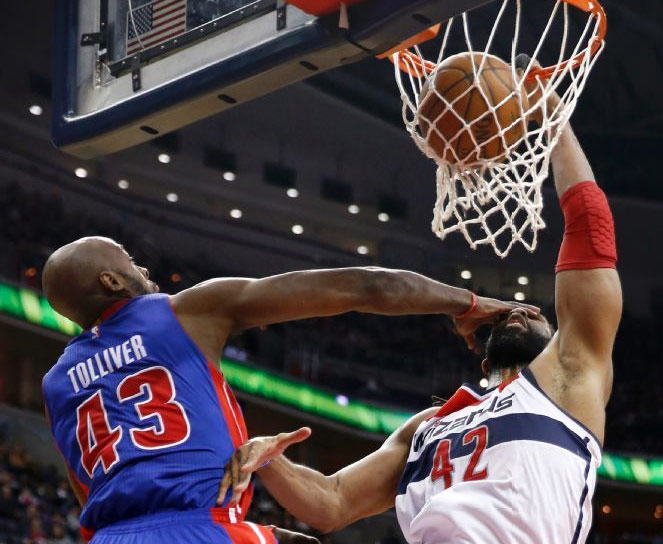 Nene was dunking all over the Pistons in Wizards win