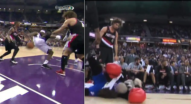 Robin Lopez Pushes Reggie Evans & Bodyslams A Mascot To The Floor