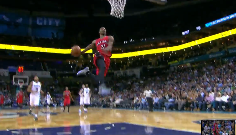 Terrence Ross Throws Down A Windmill vs the Hornets ...