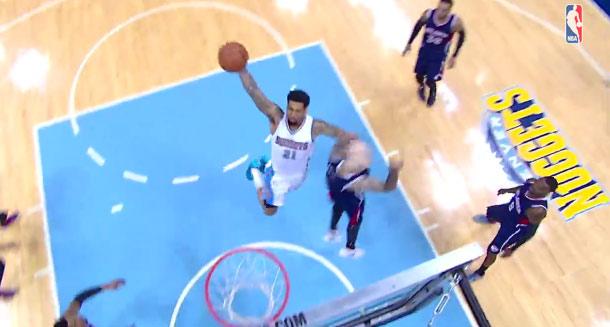 Wilson Chandler throws down a power dunk vs the Hawks