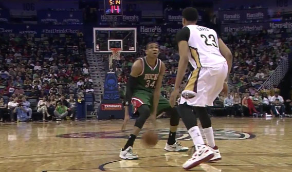 Giannis Antetokounmpo Shows Off His Handles & Gets The And1 Shot On Anthony Davis