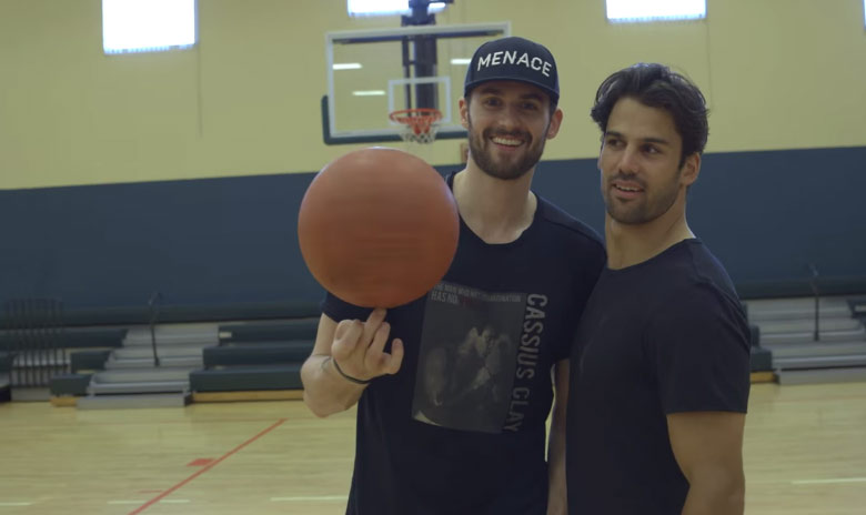 Kevin Love & Jets' Eric Decker Play A Game of H-O-R-S-E