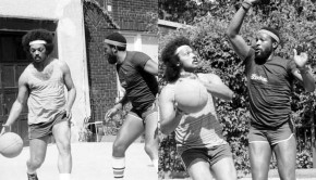 Jesse-Jackson-and-Marvin-Gaye-playing-basketball