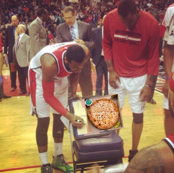 john-wall-draws-up-pizza