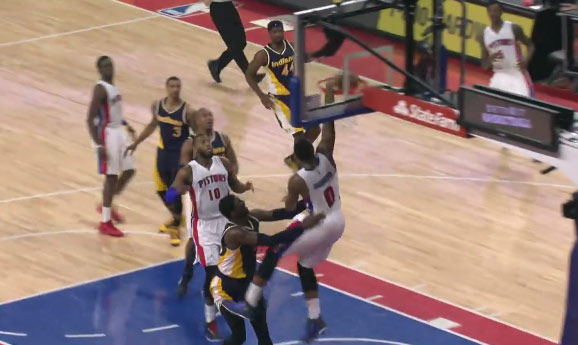 Andre Drummond throws down the 1 hand oop over Roy Hibbert