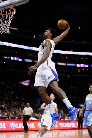 DeAndre Jordan 20pts, 21rebs, 1 Windmill Dunk & 2 Clutch Free Throws! - Ballislife.com