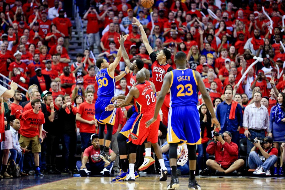2015-04-24T051016Z_1596210465_NOCID_RTRMADP_3_NBA-PLAYOFFS-GOLDEN-STATE-WARRIORS-AT-NEW-ORLEANS-PELICANS