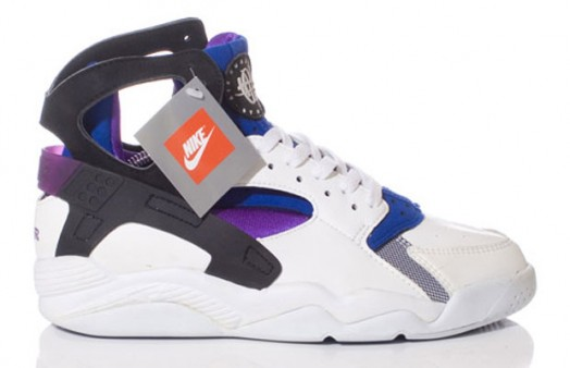 nike-air-flight-huarache-eric-avar-2-524x338