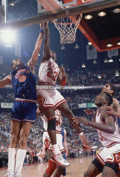 (1988) Michael Jordan Scores 55 in GM2 vs Cavs after scoring 50 in GM1