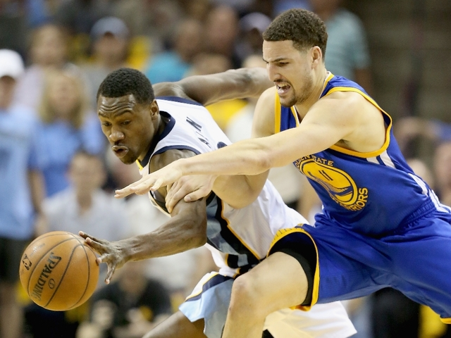 Grizzlies v Warriors 1_1431225685223_18050409_ver1.0_640_480