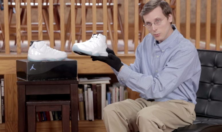 "f521bf1a6db887 Brad Hall Reviews ""THE GOAT"" of Jordan Shoes with Gloves"