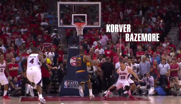 Kyle Korver & Bazemore Run Away In Fear So They Don't Get Posterized By LeBron