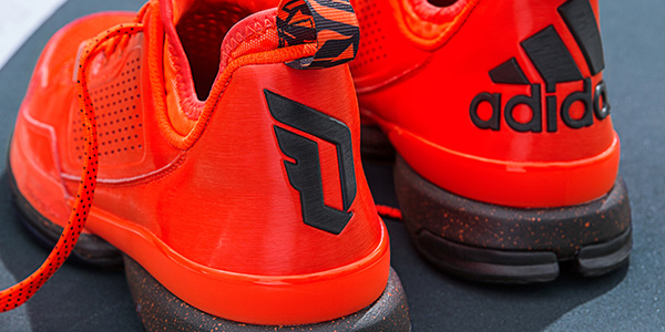 D-Lillard-1-Solar-Orange-Detail-3-H(Q16932)