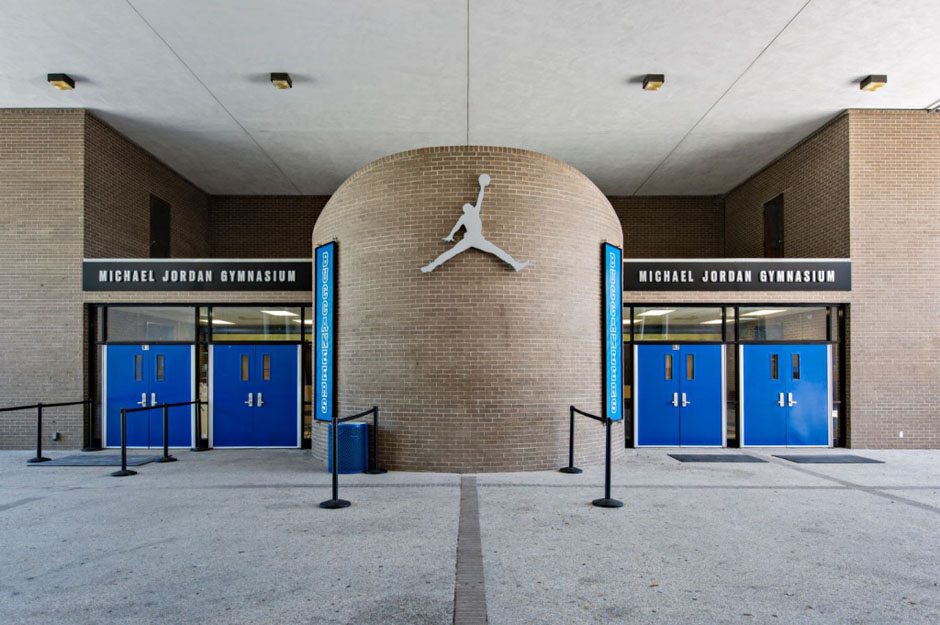 jordan-brand-returns-to-laney-high-01
