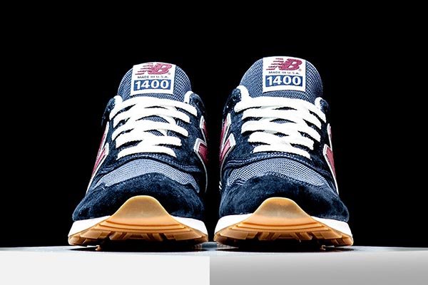new balance 1400 carbon blue