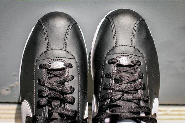 Nike-Cortez-Basic-Leather-06-Black-White-2