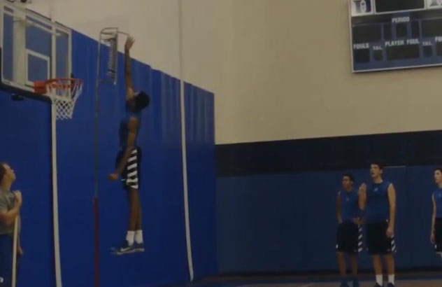 Duke Freshman Brandon Ingram Shows Off His Hops