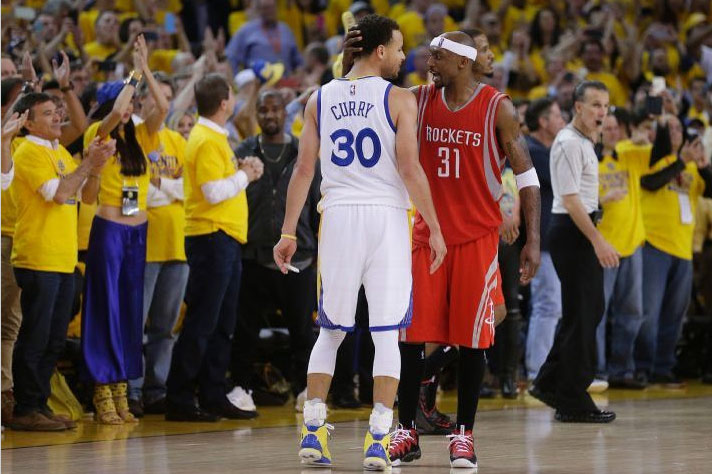 The NBA Doesn't Think Jason Terry's Ankle Breaker on Steph Curry Is One of the Top 60 Crossovers of the Year