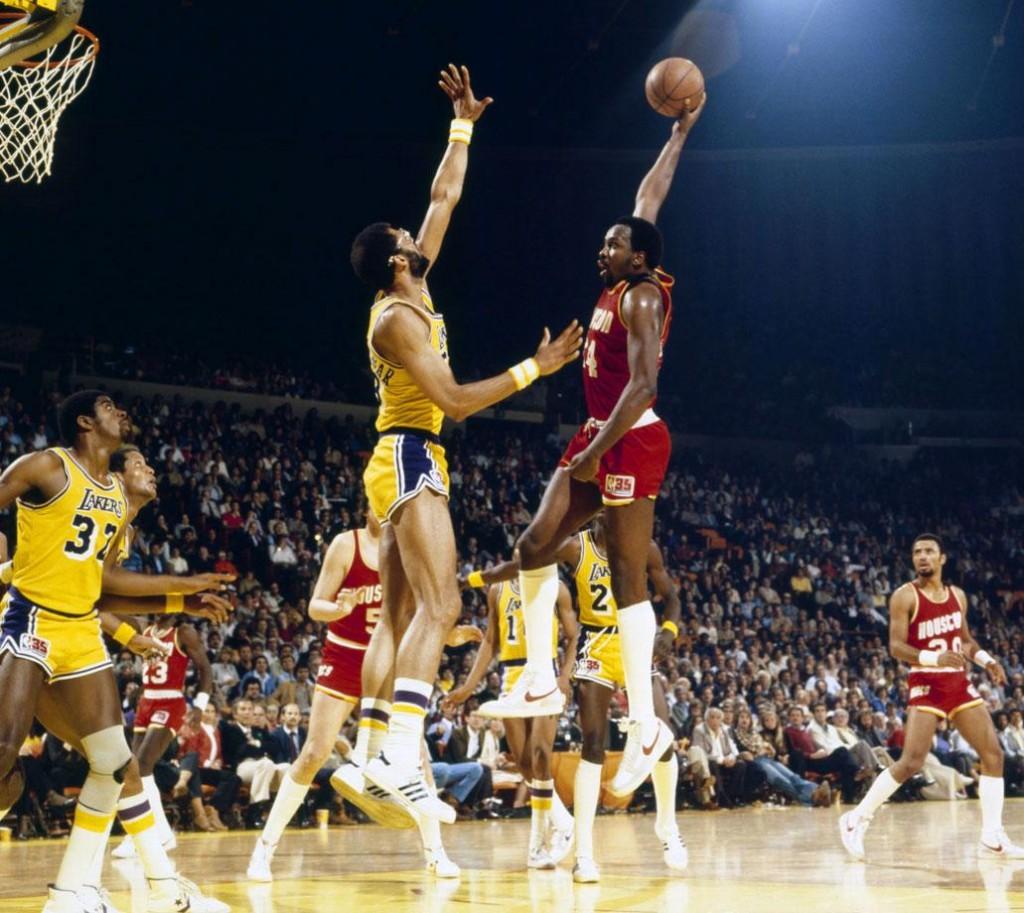1981-Moses-Malone-Kareem-Abdul-Jabbar-080100595