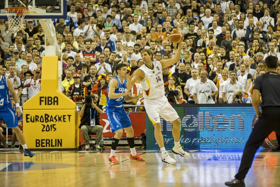 Dirk Nowitzki Scores 15 in his first game with Germany in 4 years