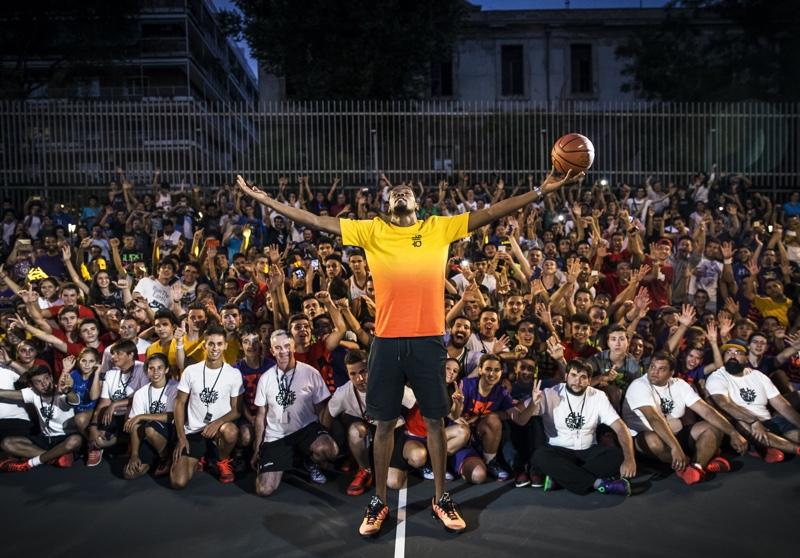 Kevin-Durant-en-Lavapies-Madrid-Nike