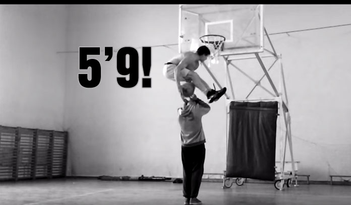5'9 Kroha Pulls Off An Under Both Legs Dunk Over A Person