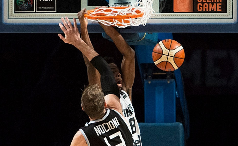 Andrew Wiggins Dunks on Andres Nociani in FIBA Loss to Argentina