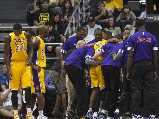 "D'Angelo Russell's Scary Fall Resulted In Just a ""Bruised Glute"""
