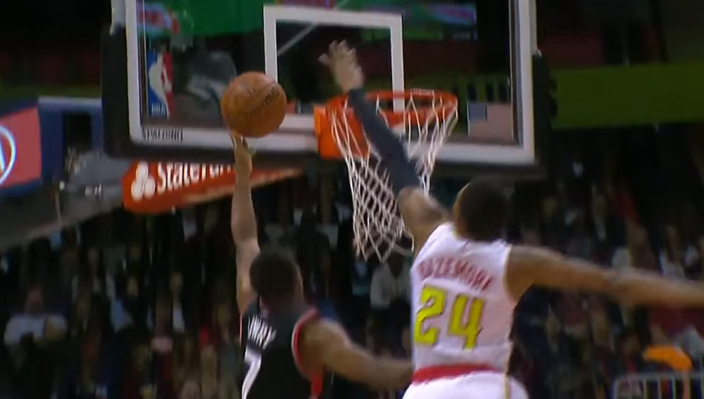 Real Life NBA2k: Kent Bazemore Blocks Kyle Lowry's Layup In The Basket