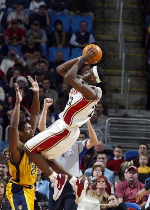 lebron-james-nike-air-zoom-generation-first-game-birthday-2003