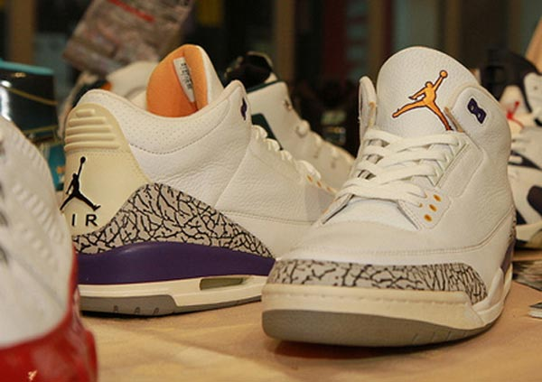b943f3b626fa Remember that one time Kobe was a sneaker free agent   he wore a variety of  kicks  Well there was a particular time when Kobe went on a Air Jordan PE  spree.