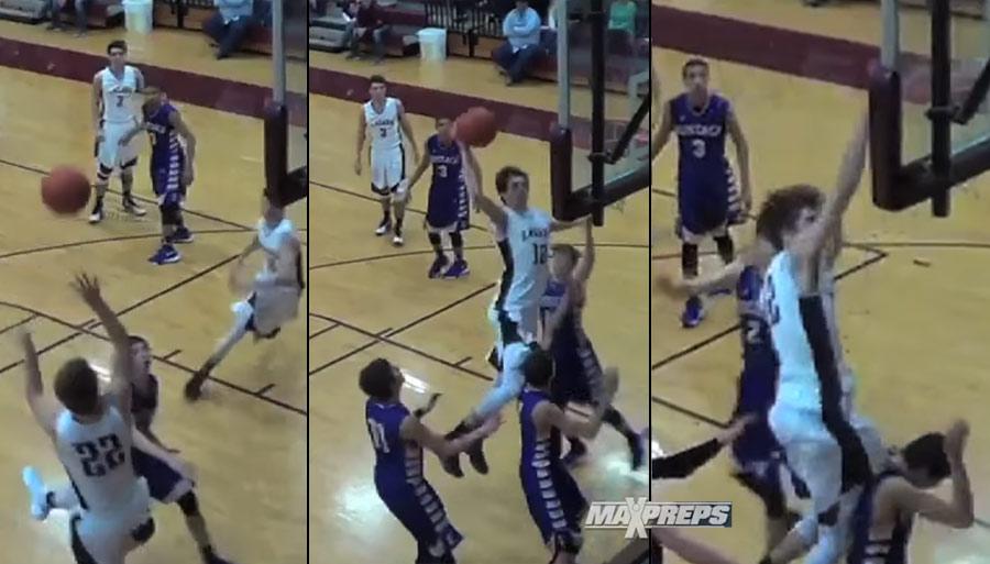 High School Team Pulls Off A Fancy Double Alley-Oop
