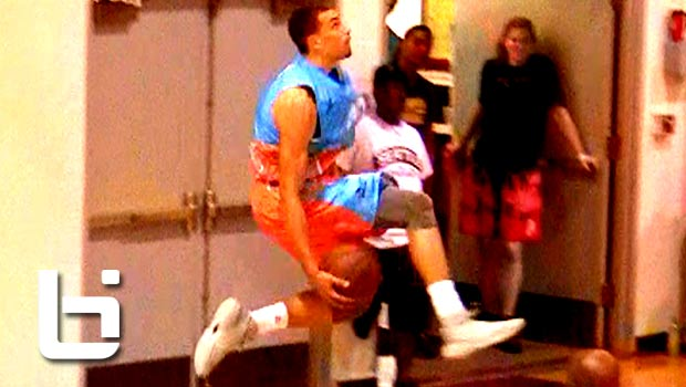 Zach LaVine & Jamal Crawford Put On a SHOW at Seattle Pro Am! Eastbay Dunk & More!