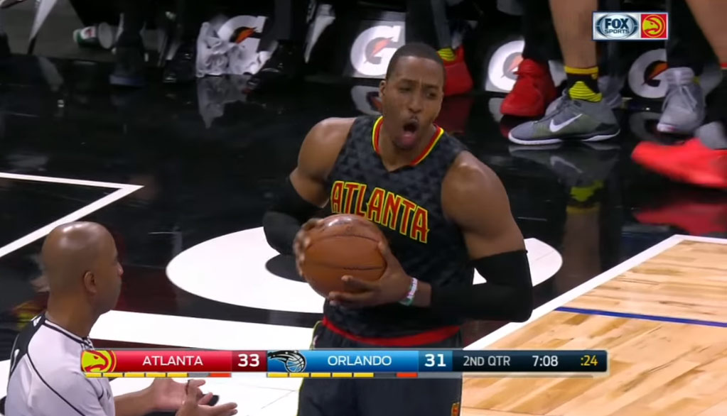 Dwight Howard Joins Orlando Magic Crowd In Booing Himself